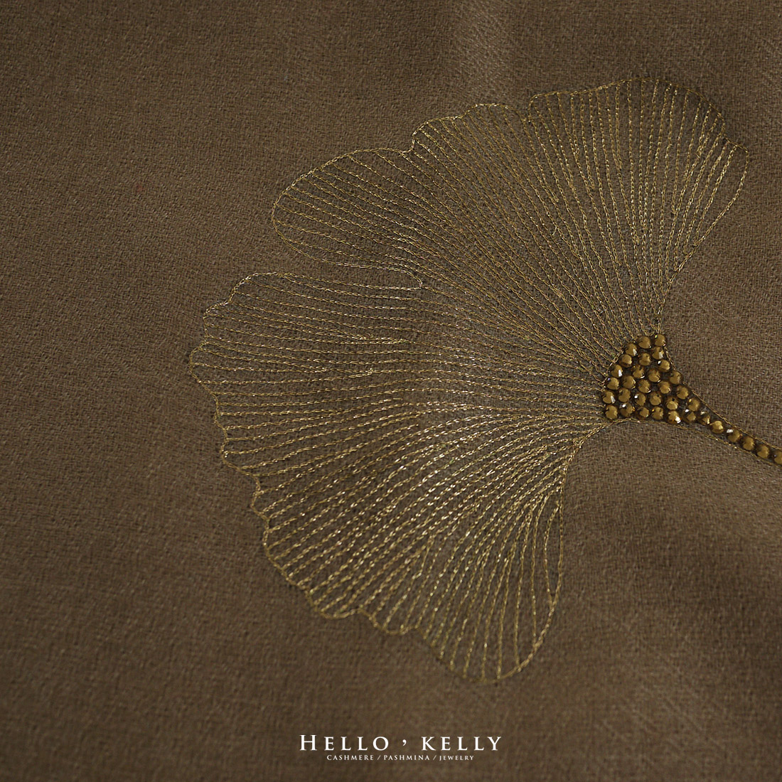 羊絨圍巾Cashmere|金色手繡羊絨佐鑲Swarovski