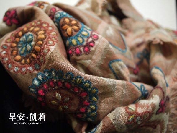 圍巾圖案可愛刺繡水煮羊毛佐波浪流蘇圍巾